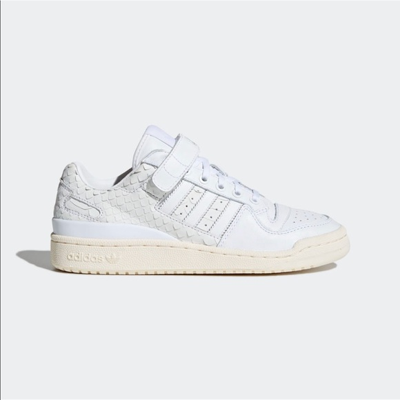 064d48b2a Adidas Women s Originals Forum Low Shoes White